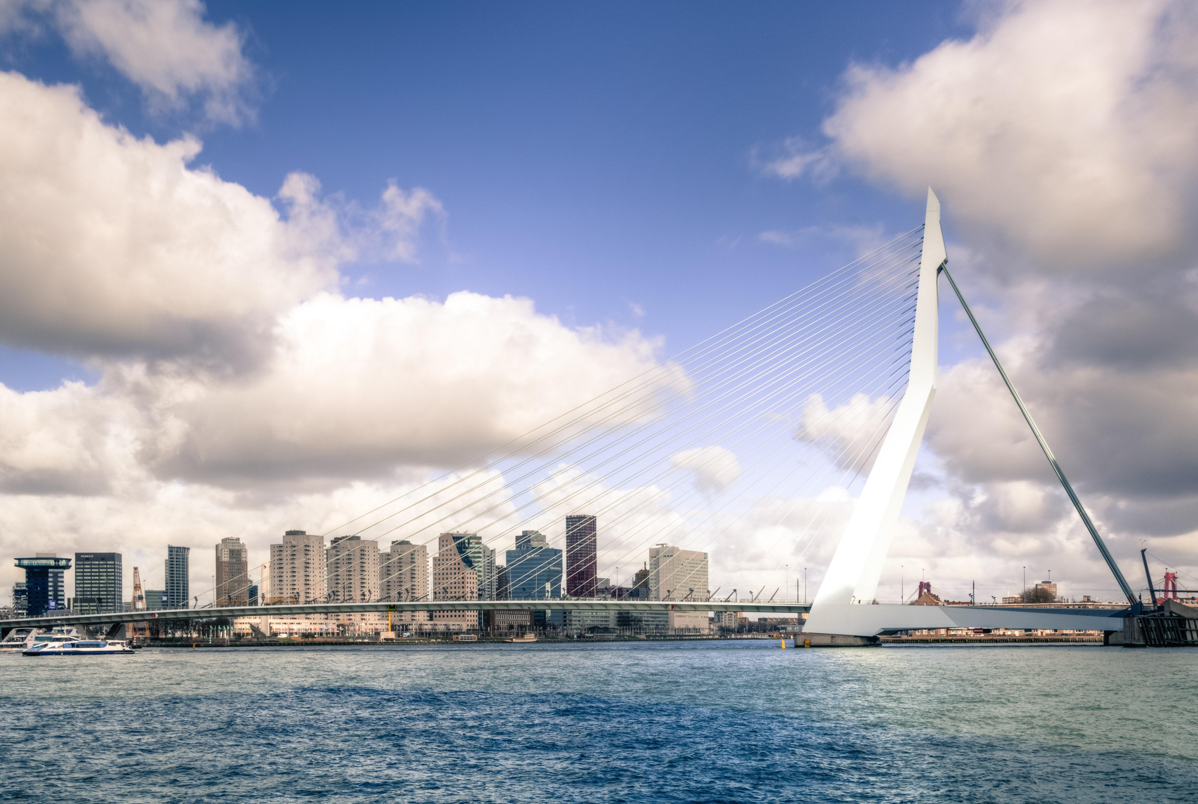 architecture-bridge-buildings-735790.jpg